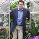 Alan Titchmarsh in greenhouse