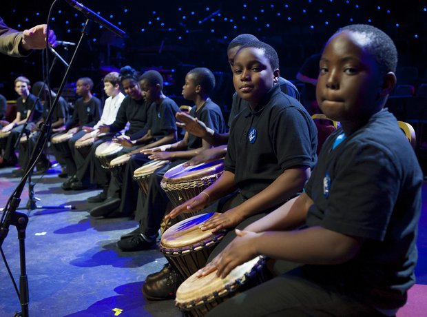 The Kingsmead Dynamix rehearse for the Schools Pro