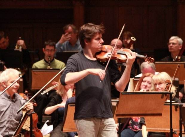 joshua bell academy st martin in the fields violinist