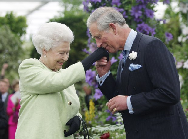 Queen and Prince Charles at Chelsea Flower Show