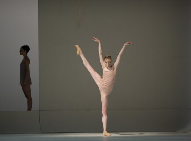 Chroma - The White Stripes ballet