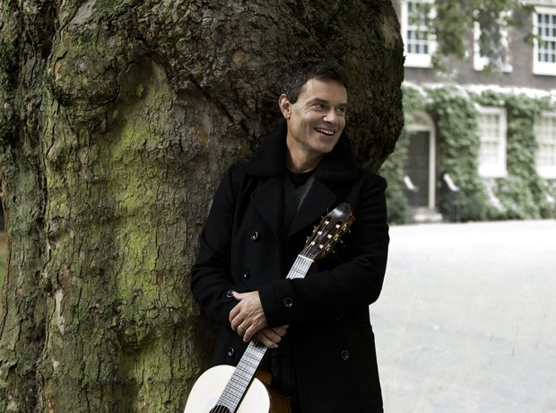 Craig Ogden guitarist performances