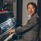 Jean-Efflam Bavouzet Classic FM Live 2015 backsta
