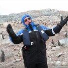 penguin opera singer apologises